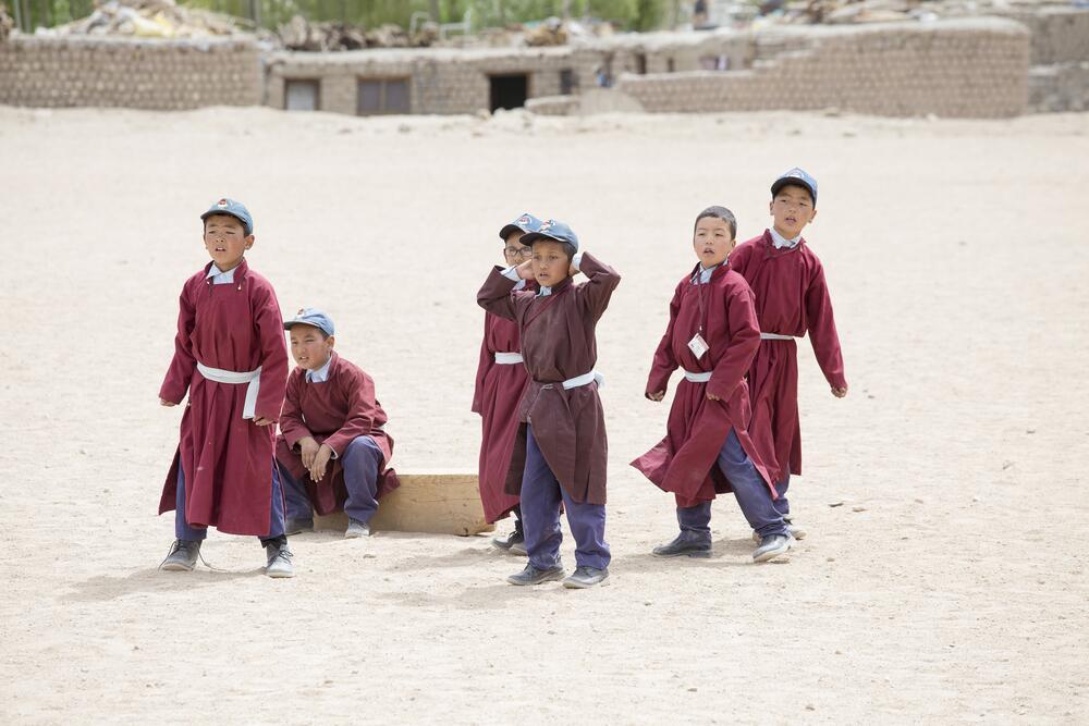 Дети в тибетской деревне