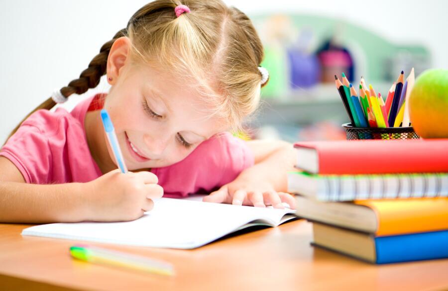 Как научить ребенка читать и писать?