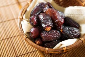Финики – один из наиболее древних фруктов, культивируемых человеком.