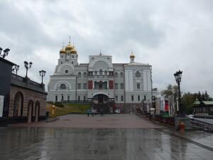 Чем интересен Екатеринбург? Храмы