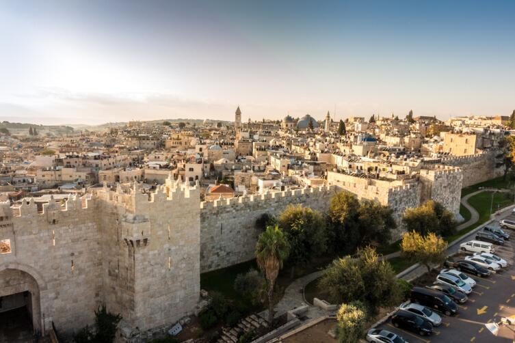 Вид на Старый город Иерусалима и Дамасские ворота