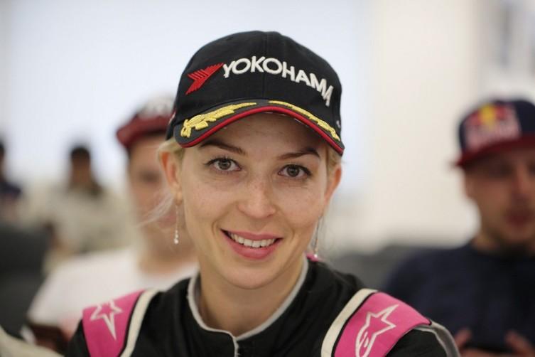 Профессиональный дрифт-пилот Екатерина Седых