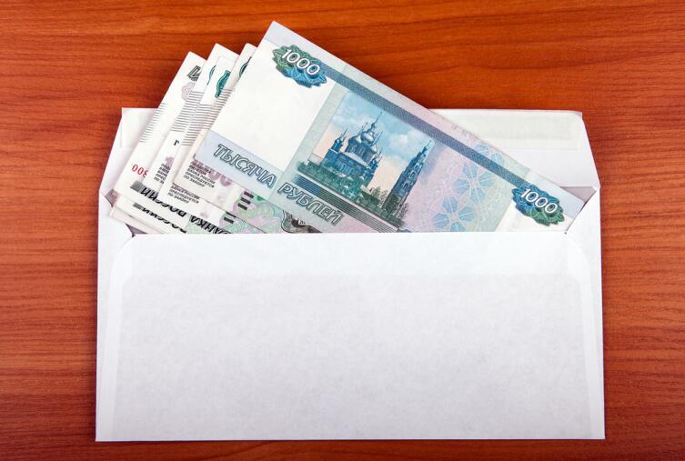 Берете 10% своей зарплаты и кладете в отдельный конверт