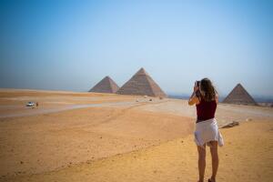 Чем привлекает туристов Египет?