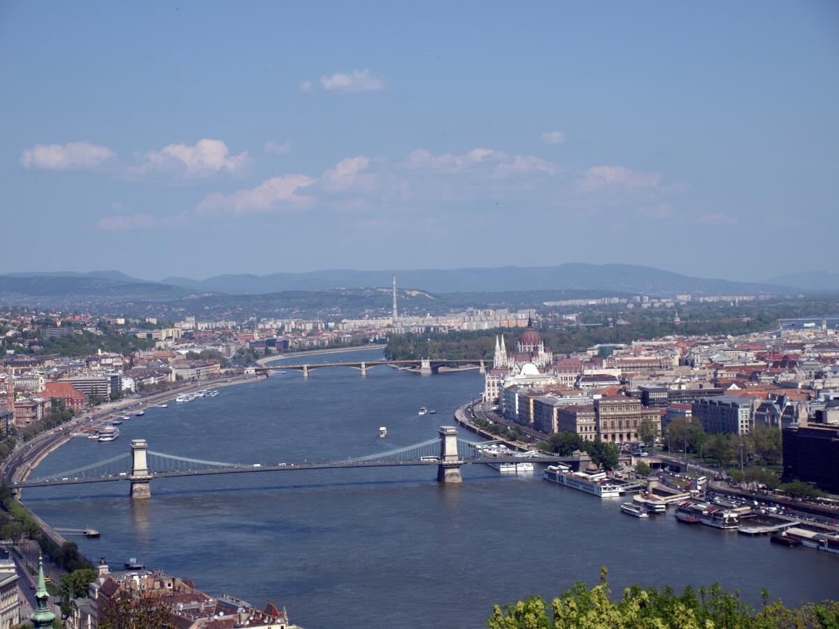 Как за одну поездку посмотреть две европейские столицы? Будапешт