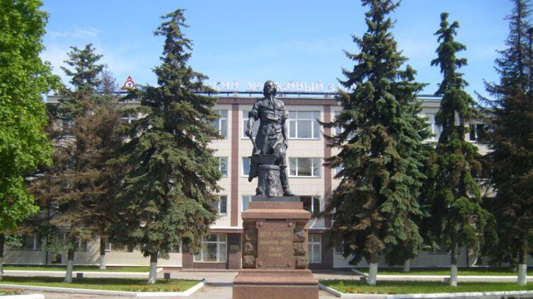 Как в Туле появился и выжил памятник основателю оружейного завода Петру Первому?