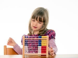Математика для малышей. Когда знакомить с задачей?