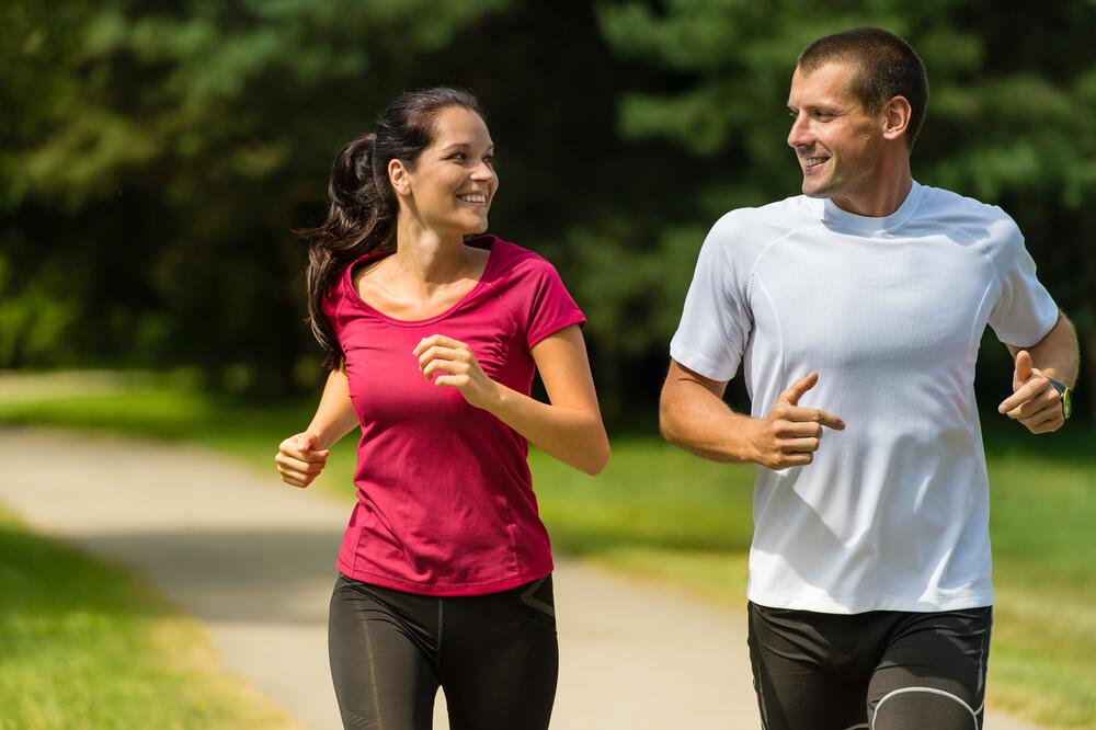 Физические нагрузки и общение снижают риски