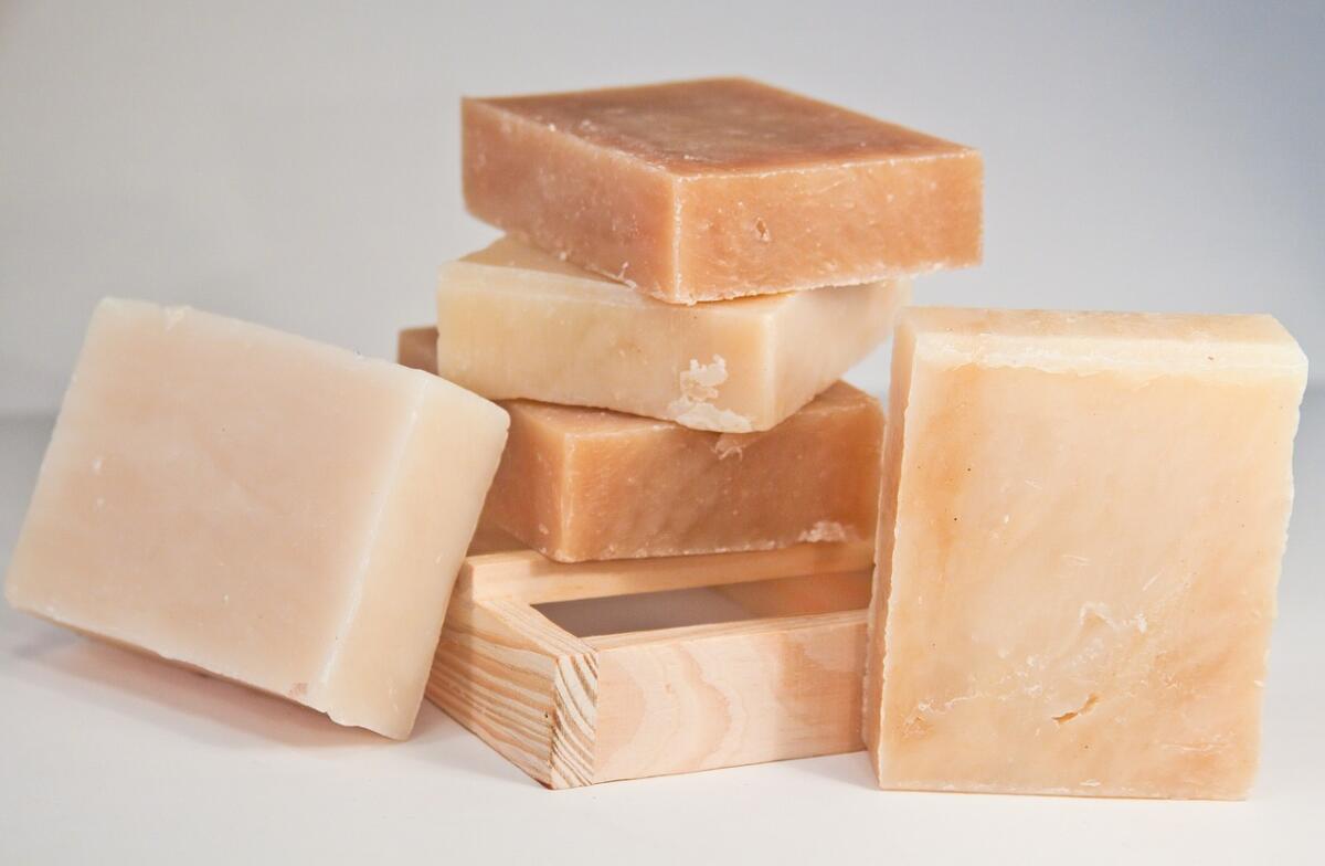 Хозяйственное мыло. Польза, вред, применение и изготовление