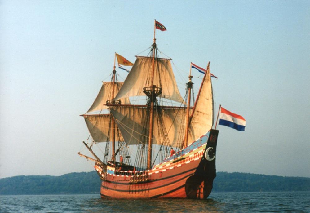 Современная копия корабля «Halve Maen» («Полумесяц»)