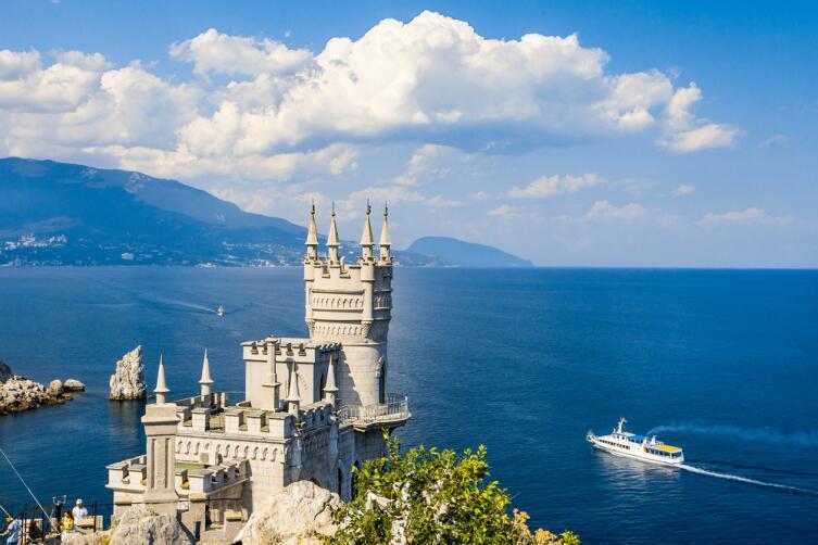 Куда подевались аптеки Крыма?