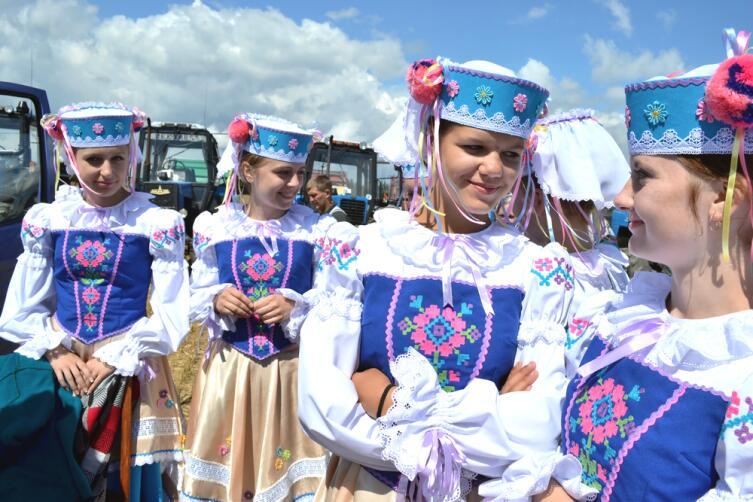 Праздник Урожая в деревне Тетеревец Минской области, 2012 г.
