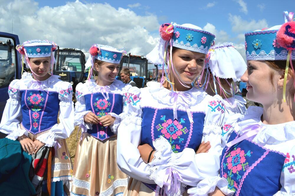 Праздник Урожая в деревне Тетеревец Минской области, 2012г.