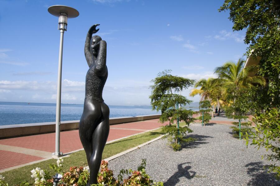 Порт-оф-Спейн, Тринидад