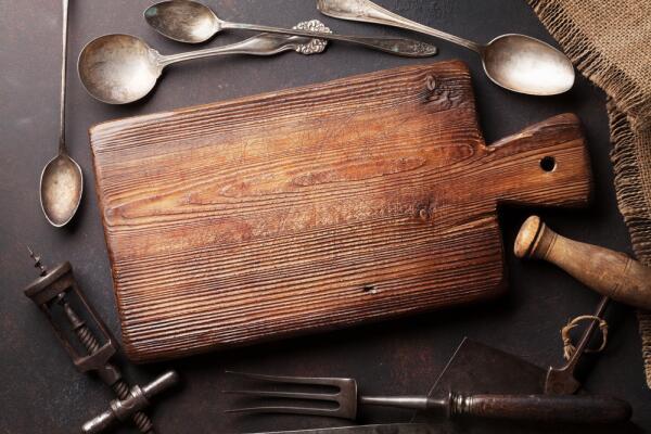 Байки старьевщицы: кому нужны старые вещи? Кухонная утварь