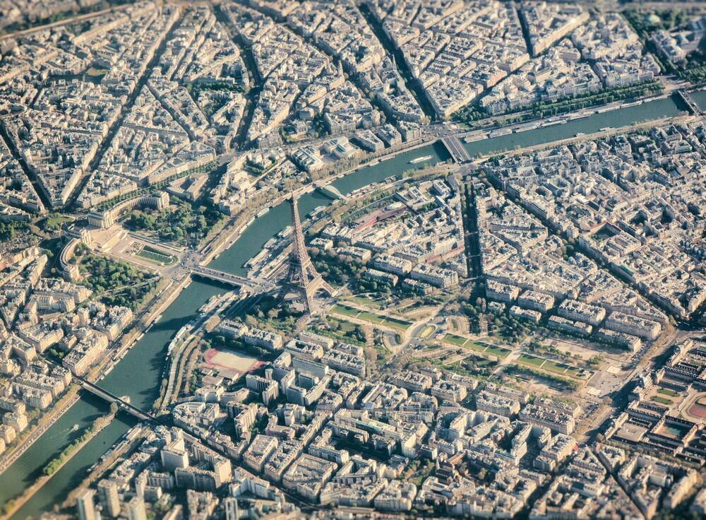 Парижский вид с воздуха с Эйфелевой башней