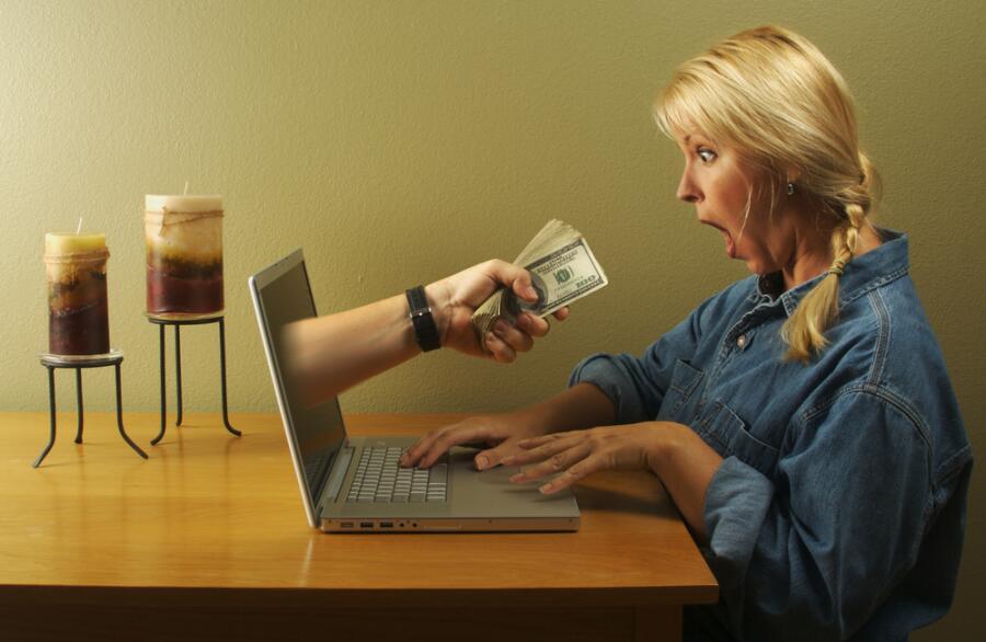 Как наиболее эффективно искать работу через Интернет?