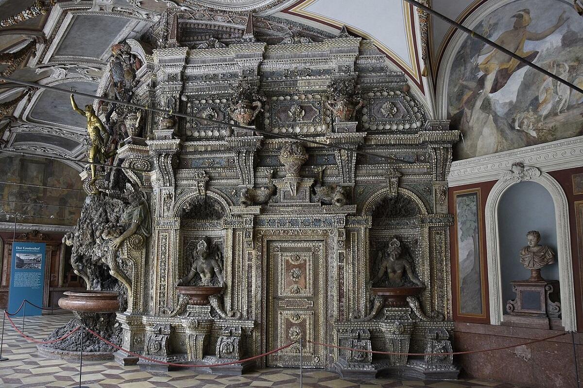 Фридрих Сустрис, грот в императорском дворце в Мюнхене, Германия