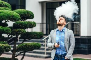 Электронная сигарета. Чем опасен вейпинг?