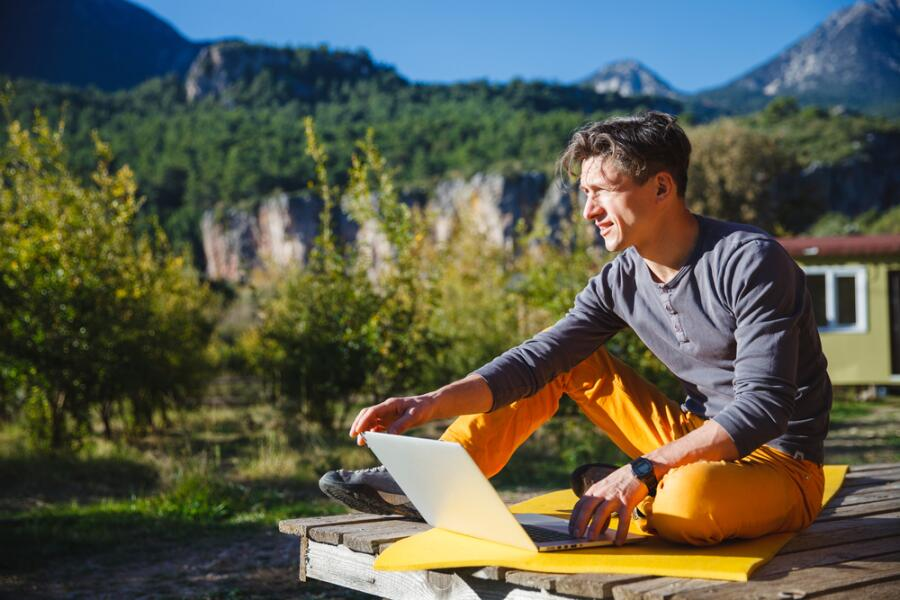 Бизнес в Интернете. Где искать удаленных сотрудников?