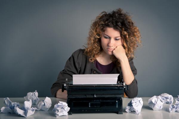 Как написать роман? Полицейские и воры, штампы и банальности