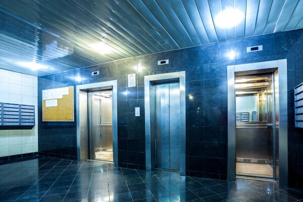 О чем мечтает лифт? Монолог труженика многоэтажки