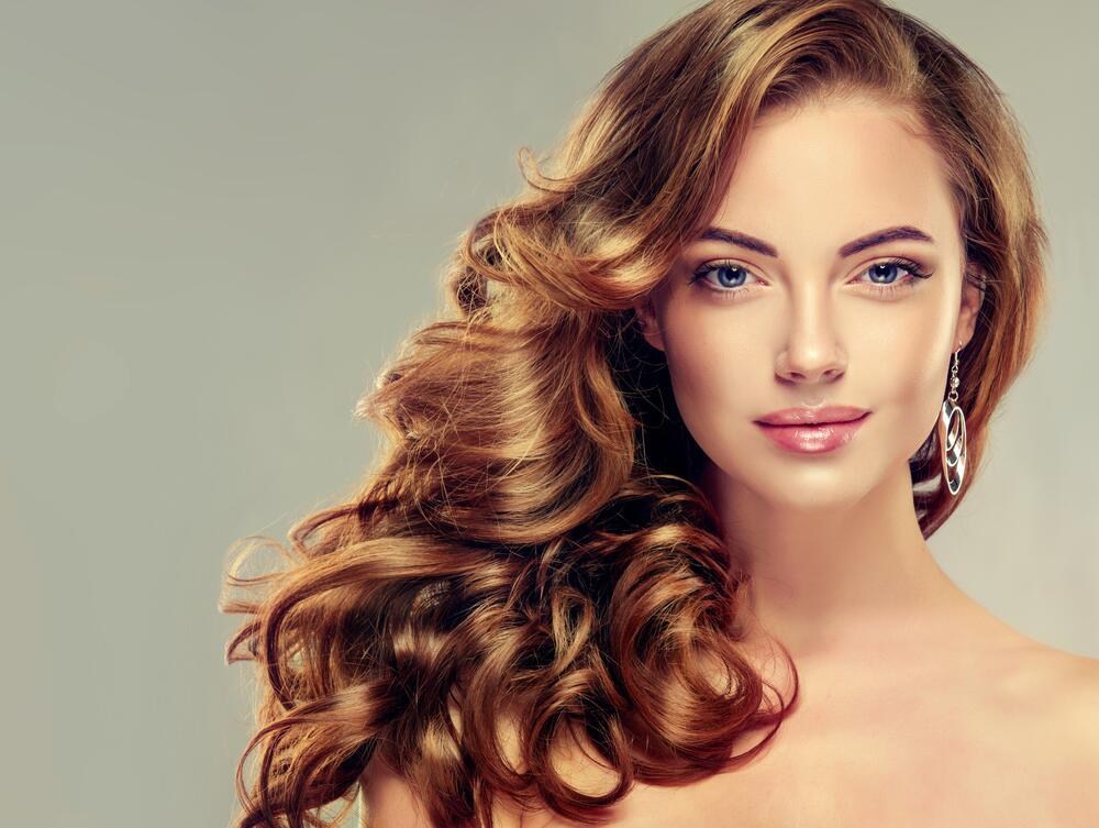 Сексуальный макияж для девушек с русыми волосами
