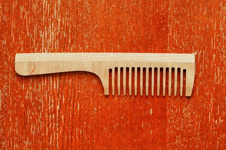 «Правильная» расческа - залог красивой и густой копны волос!