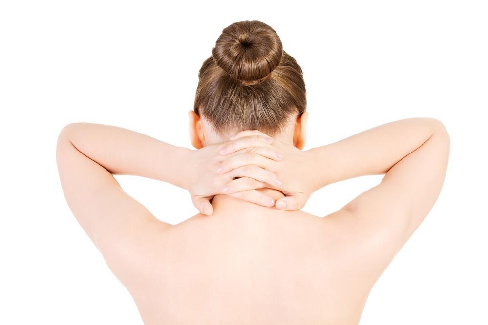 Из-за постоянных перенапряжений в мускулатуре мышцы не отдыхают, и сон не приносит облегчения