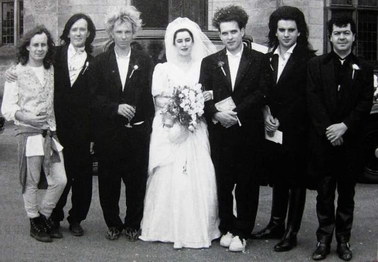 THE CURE на свадьбе Роберта и Мэри