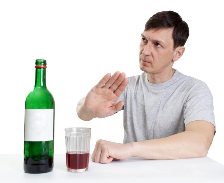 Алкобарьер и Алкопрост в борьбе с алкоголем