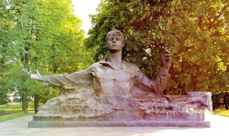 Памятник поэту Сергею Есенину, Рязань