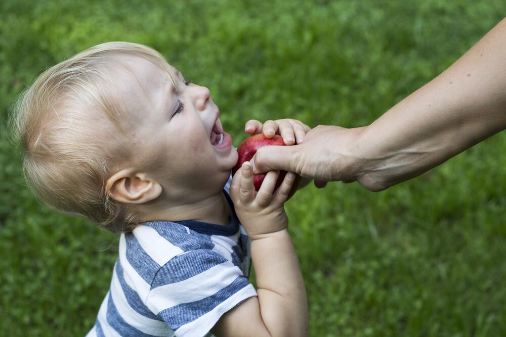 Как правильно запретить ребенку?