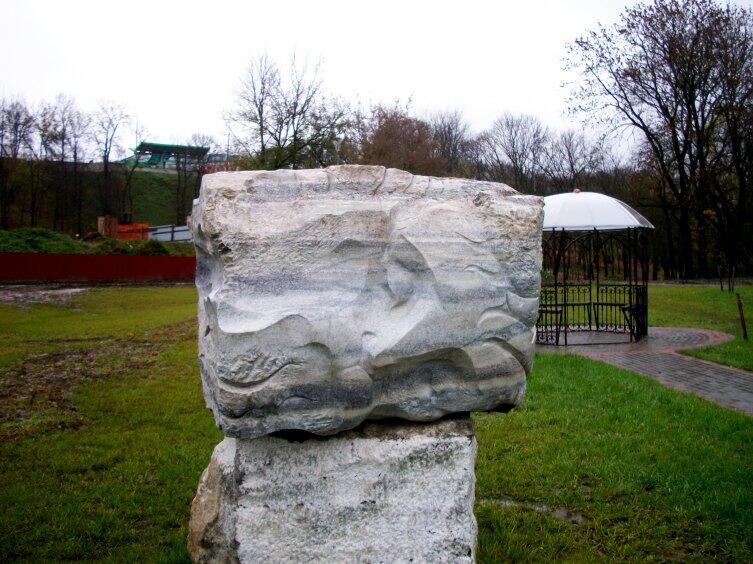 Сергей Коледюк, скульптура «Город»