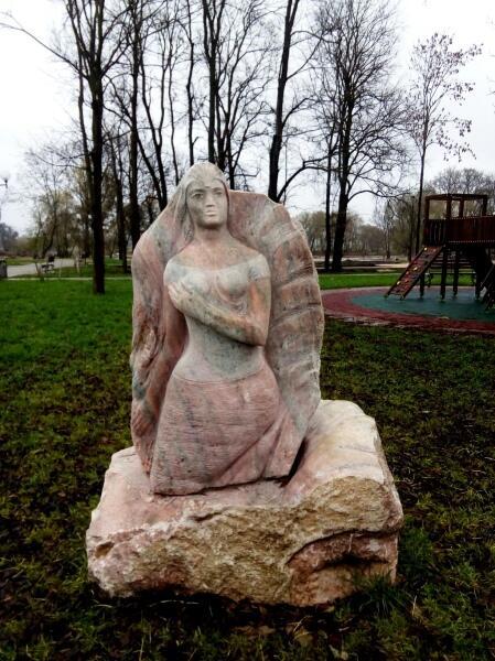 Корней Алексеев, скульптура «Днепровская улитка»