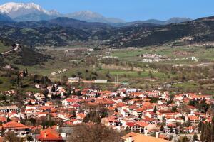Что означает в памяти греков город Калаврита?