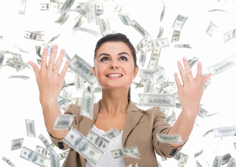 В какой валюте лучше хранить свои деньги?