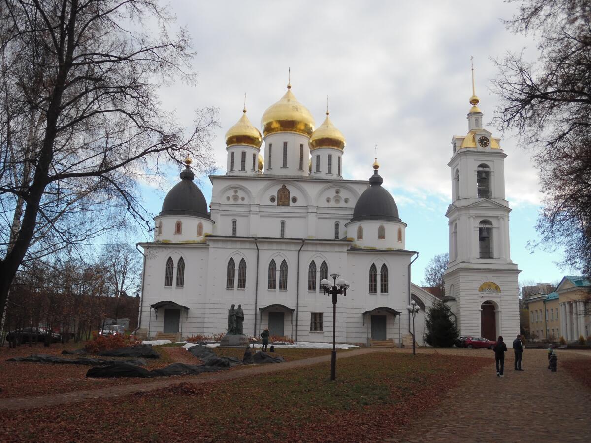 Успенский собор Дмитровского Кремля, Россия
