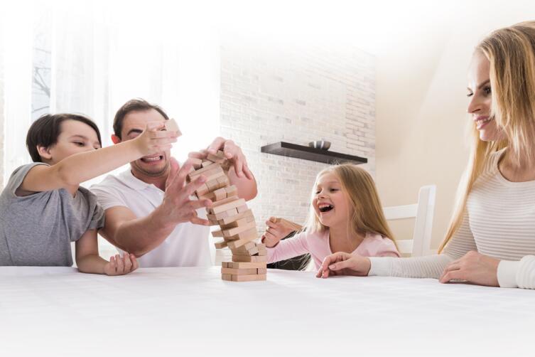 Как разнообразить дружеские посиделки? Сыграйте в «Дженгу»