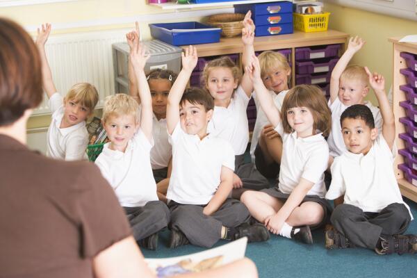 Человек и мир, или Как проходят уроки в первом классе?