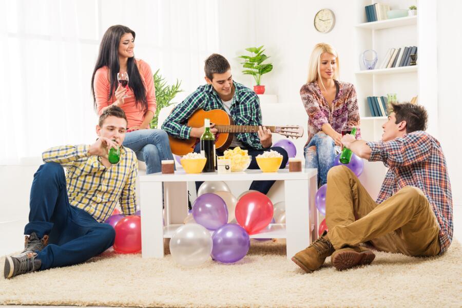 Как организовать домашнюю вечеринку?
