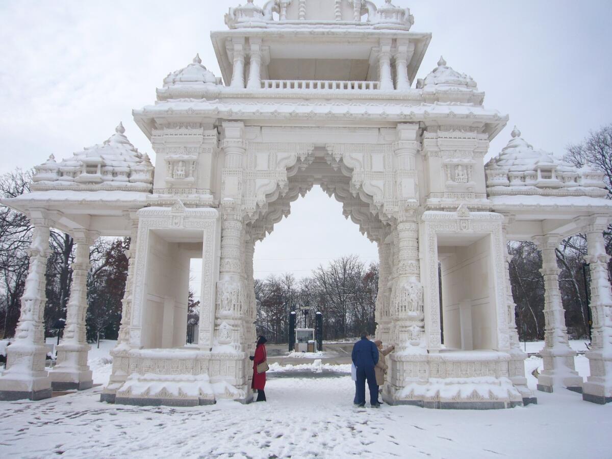 Ворота храма в Чикаго