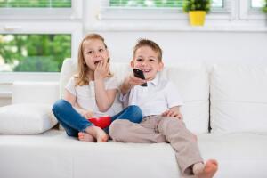 Лучшие мультики для детей. Как персонажи влияют на жизнь ребенка?