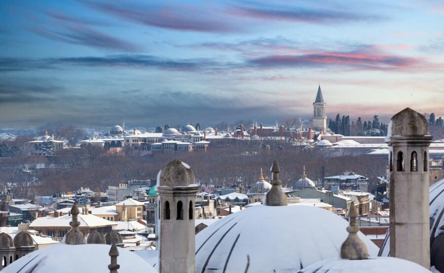 Стамбул, дворец Топкапы зимой
