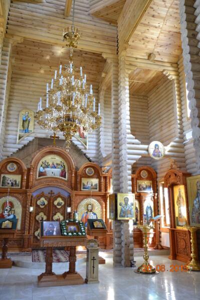 Внутреннее убранство Храма иконы Песчанской Божией Матери