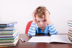 Как отбить у ребенка любовь к чтению?