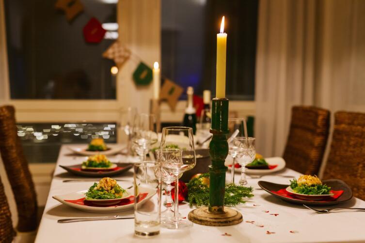 Новогодняя сервировка: как избежать пошлости?