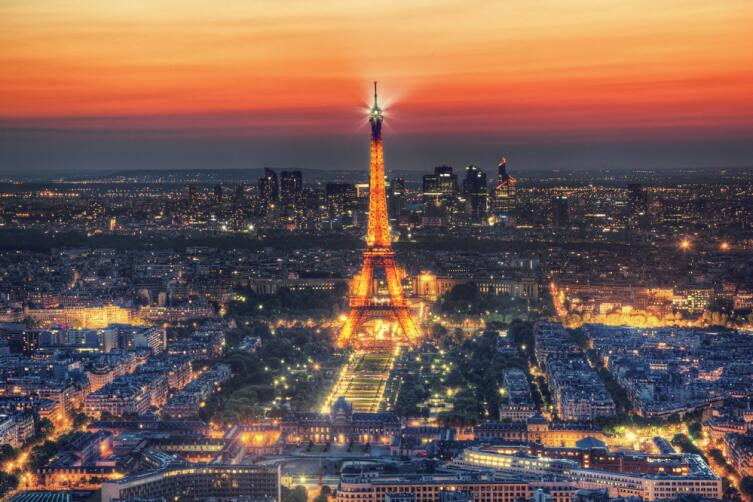 Чем знаменита Эйфелева башня? Десять малоизвестных фактов