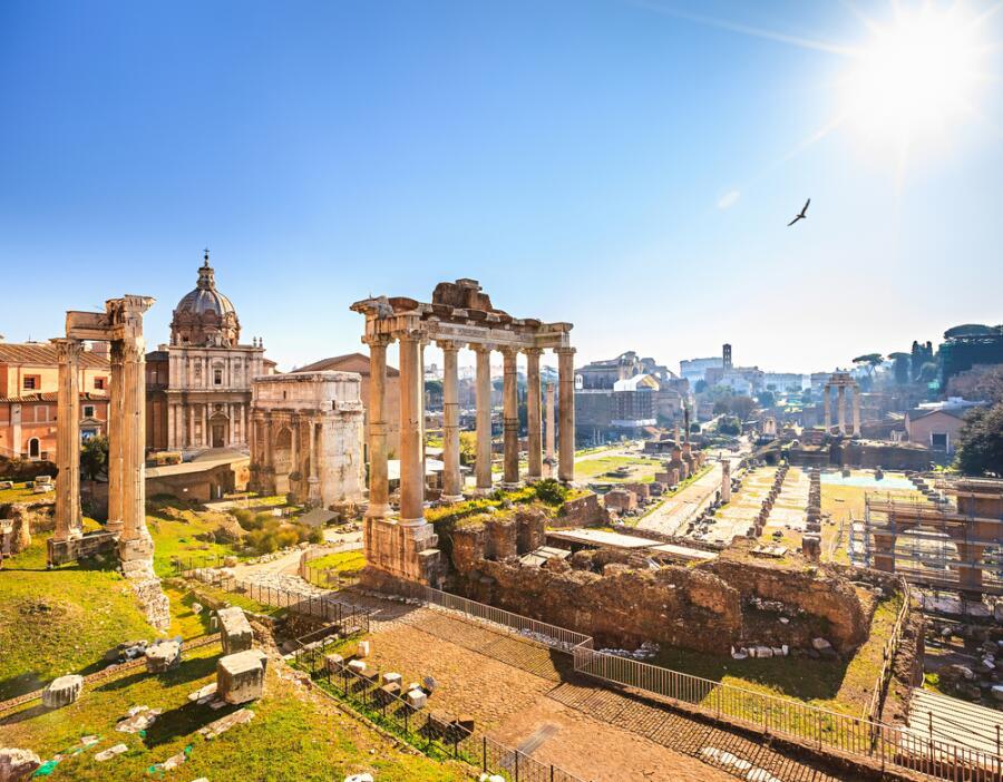 Древние руины в Риме