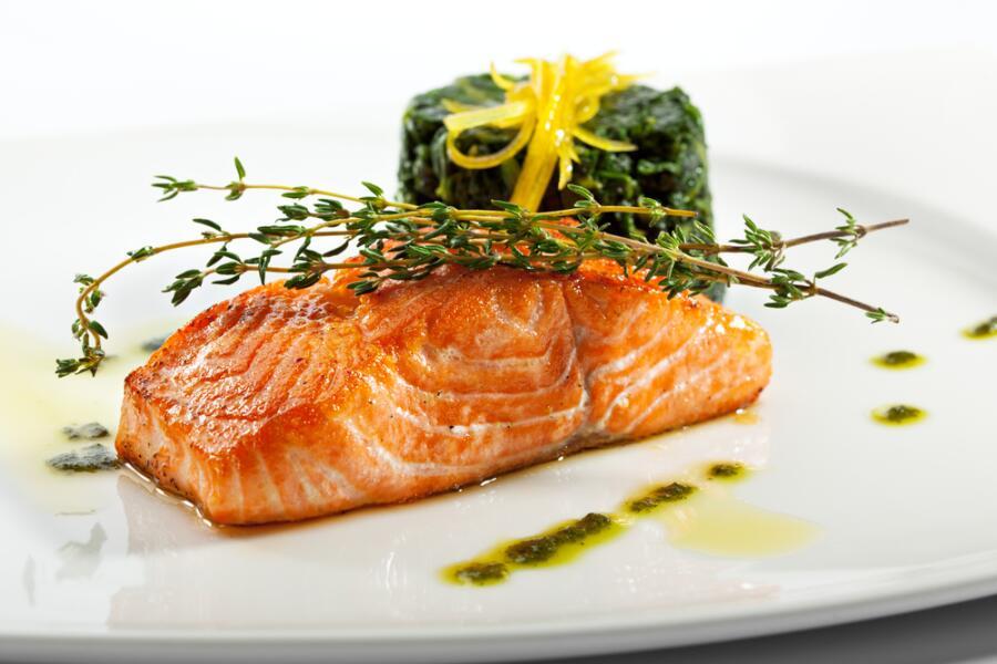 Как пожарить рыбу без муки, панировочных сухарей или яиц?